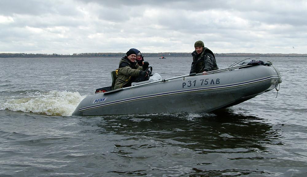 лодки в прокат на рыбинском